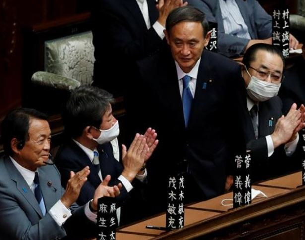 जापानका नयाँ प्रधानमन्त्री योशिहिदे सुगा बने